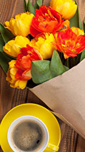 Image Bouquets Tulips Coffee Wood planks Flowers