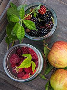 Fotos Beere Äpfel Himbeeren Brombeeren das Essen