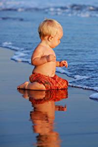 Hintergrundbilder Küste Wasserwelle Baby Junge kind