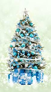 Bilder Neujahr Tannenbaum Geschenke Kugeln