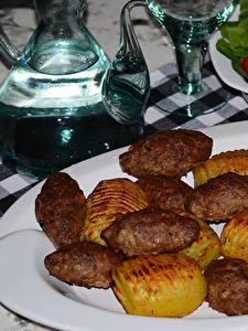 Hintergrundbilder Die zweite Gerichten Fleischwaren Kartoffel Teller Lebensmittel