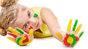 Hintergrundbilder Finger Weißer hintergrund Kleine Mädchen Blick Hand Kinder