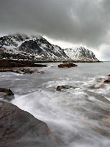 Hintergrundbilder Lofoten Norwegen Küste Winter Wasserwelle Berg Natur