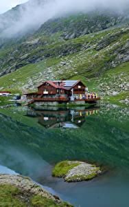 Hintergrundbilder Rumänien Gebirge See Haus Laubmoose Lake Balea