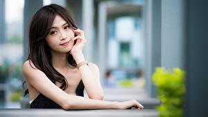 Hintergrundbilder Asiatisches Bokeh Blick Brünette Haar Hand