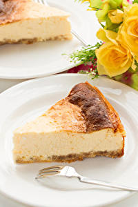 Hintergrundbilder Obstkuchen Topfen Weißkäse Quark Hüttenkäse Quarkkuchen Stücke Teller Gabel Lebensmittel