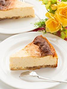Hintergrundbilder Obstkuchen Topfen Weißkäse Quark Hüttenkäse Stück Teller Essgabel Lebensmittel