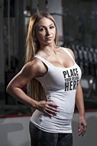Hintergrundbilder Fitness Posiert Hand Unterhemd Blick Text Englisch Mädchens