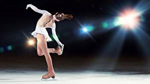 Fonds d'écran Glace Dansent Aux cheveux bruns Patins à glace Dos Filles Sport