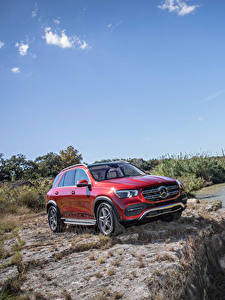 Bilder Mercedes-Benz Rot Sport Utility Vehicle 2020 GLE 450 4MATIC