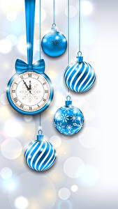 Hintergrundbilder Neujahr Uhr Kugeln Hellblau