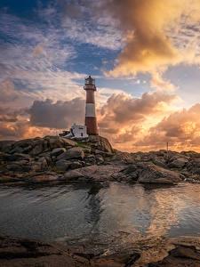 Hintergrundbilder Norwegen Leuchtturm Morgendämmerung und Sonnenuntergang Himmel Küste Steine Wolke Nymark Rogaland Natur