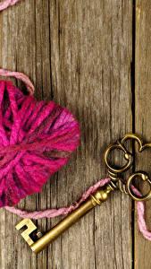 Hintergrundbilder Valentinstag Bretter Herz Schlüssel