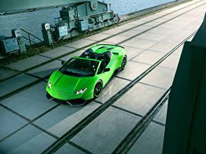Fotos Lamborghini Gelbgrüne Roadster