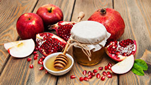 Hintergrundbilder Honig Äpfel Granatapfel Bretter Weckglas Getreide das Essen