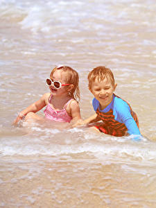 Image Sea Water Two Boys Little girls Glasses Happy child
