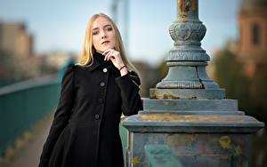 Hintergrundbilder Unscharfer Hintergrund Mantel Blondine Starren Rachel