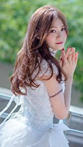 Hintergrundbilder Asiatische Bokeh Braune Haare Hand Starren Mädchens