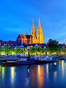 Fotos Deutschland Flusse Gebäude Nacht Bayern Regensburg