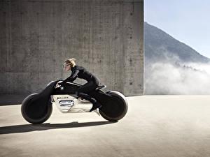 Hintergrundbilder BMW - Motorrad Motorradfahrer Seitlich Blondine 2016 Motorrad VISION NEXT 100 Motorrad