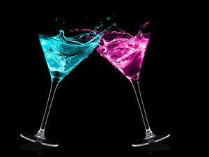 Hintergrundbilder Cocktail Schwarzer Hintergrund 2 Weinglas Lebensmittel