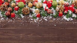 Hintergrundbilder Neujahr Bretter Kugeln Zapfen Schnee