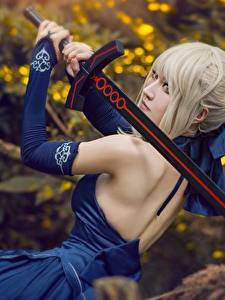 Picture Asiatic Dress Human back Cosplayers Swords Blonde girl