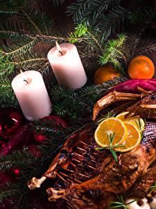 Bilder Feiertage Neujahr Hühnerbraten Kerzen Ast Lebensmittel