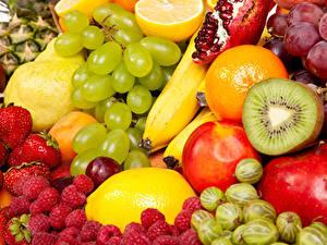 Fotos Obst Beere Weintraube Himbeeren Kiwi Stachelbeere Lebensmittel