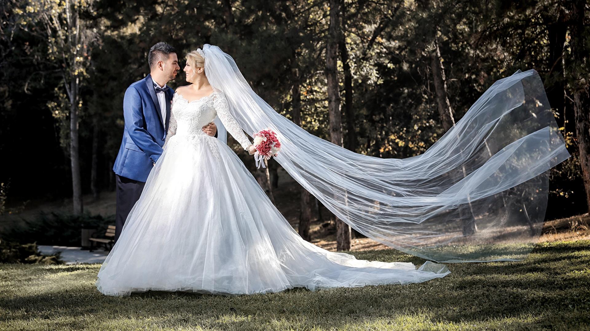 1920x1080 Couples dans l'amour Homme Mariage Marié homme Jeune mariée Les robes Filles