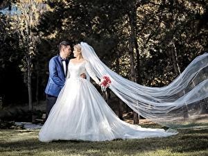 Fonds d'écran Couples dans l'amour Homme Mariage Marié homme Jeune mariée Les robes