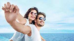 Hintergrundbilder Mann Liebe 2 Brille Hand Mädchens