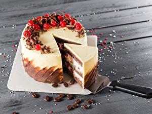 Bilder Süßware Torte Beere Bretter Stück Schneidebrett Lebensmittel