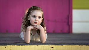 Fotos Kleine Mädchen Nett Hand Kinder