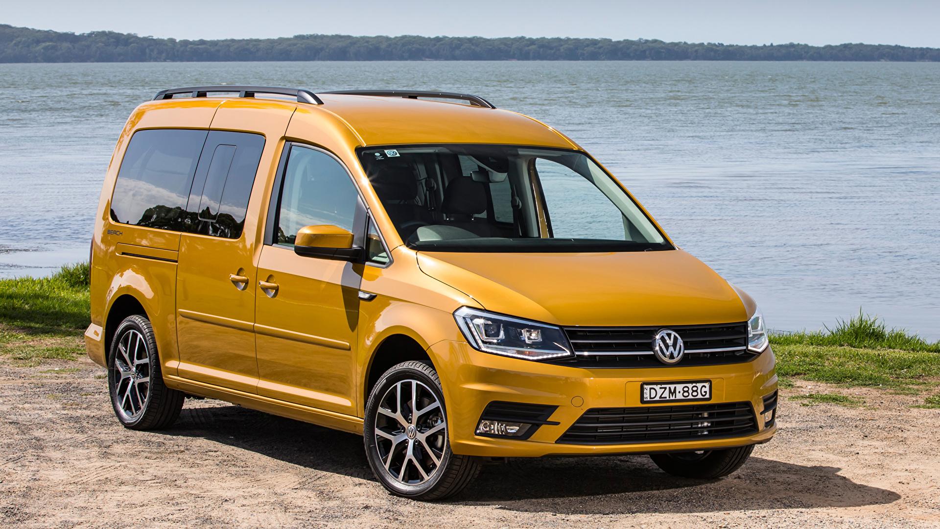 Fotos von Volkswagen 2019 Caddy Beach Maxi Gelb Autos Metallisch 1920x1080
