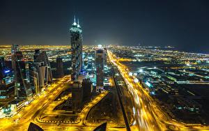 Bilder VAE Dubai Wolkenkratzer Wege Megalopolis Nacht Städte