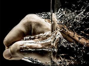 Bilder Hautnah Wasser Hand Spritzwasser