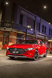 Bilder Mazda Rot Metallisch 2019 Mazda3 Skyactiv-G Hatchback auto