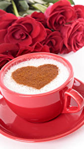 Hintergrundbilder Valentinstag Kaffee Rosen Weißer hintergrund Tasse Herz Rot Untertasse