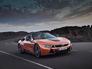 Bilder BMW Orange Cabriolet Bewegung Roadster 2018 i8 auto
