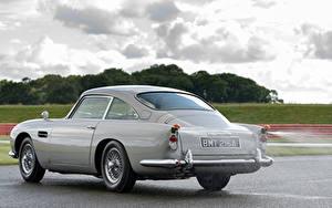Tapety na pulpit Aston Martin Szara Metaliczna Asfalt DB5 Goldfinger Continuation, 2020 samochód