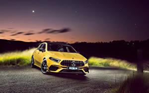 Hintergrundbilder Mercedes-Benz Gelb Metallisch 2020 AMG A 45 S 4MATIC Aerodynamic Package automobil