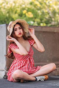 Hintergrundbilder Asiaten Kleid Der Hut Sitzend Blick junge frau