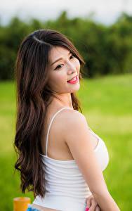 Hintergrundbilder Asiaten Haar Unterhemd Unscharfer Hintergrund junge Frauen