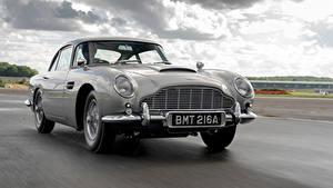 Fondos de escritorio Aston Martin Carreteras Movimiento Gris Metálico DB5 Goldfinger Continuation, 2020 el carro