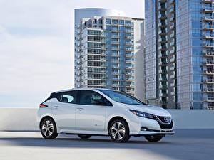 Fotos Nissan Weiß Metallisch 2019 Leaf e Autos