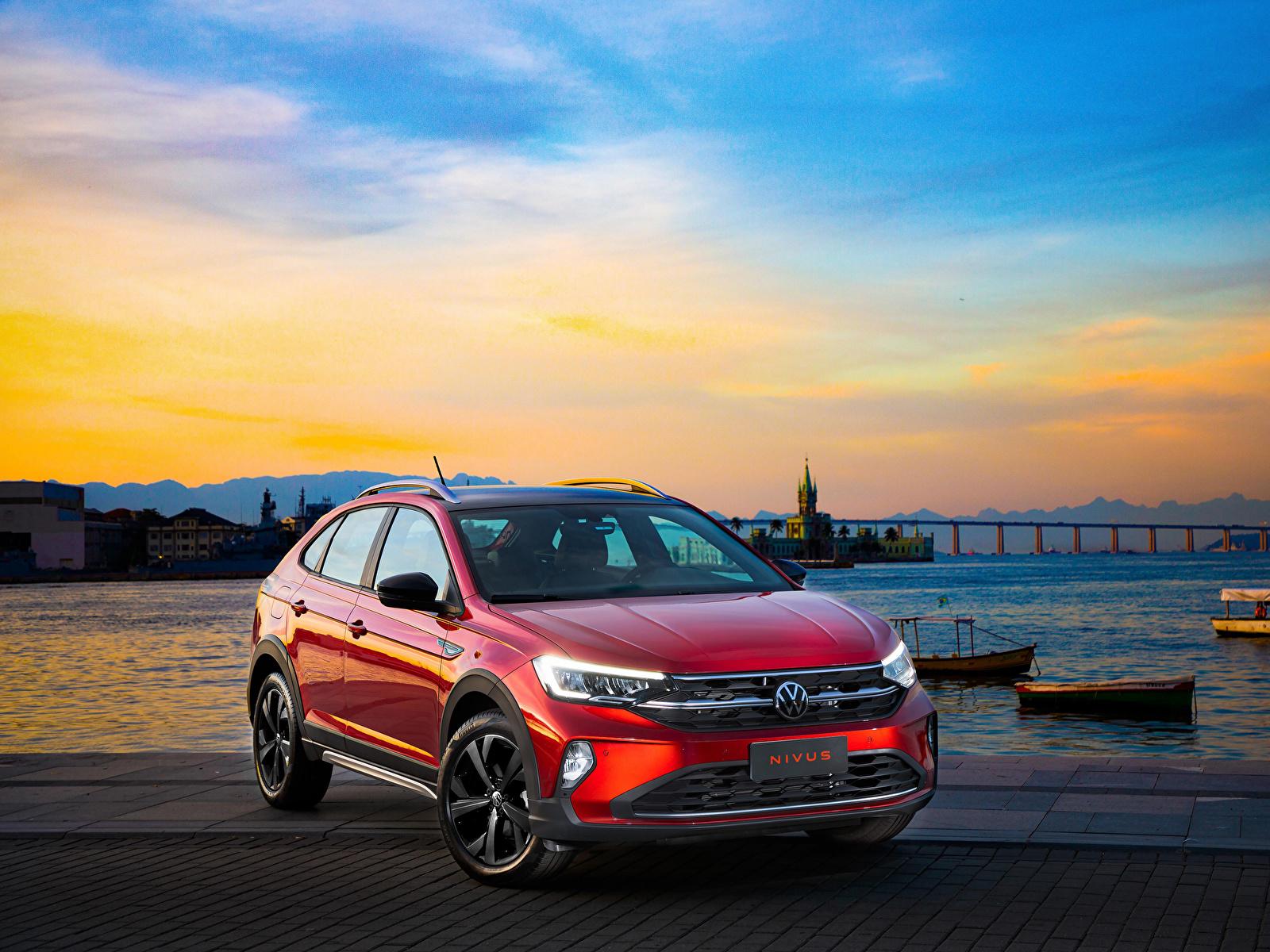 Desktop Hintergrundbilder Volkswagen 2020 Nivus Highline 200 TSI Launching Edition Latam Rot automobil Metallisch 1600x1200 auto Autos
