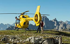Bilder Hubschrauber Steine Gelb Hinten