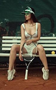 Hintergrundbilder Tennis Bank (Möbel) Bein Schönes Sitzend Model Dekolleté Posiert Kristina Fedorova Vadim Aksyonov Mädchens Sport
