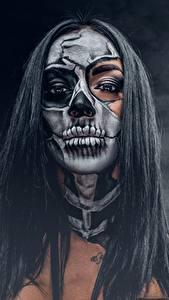 Bilder Feiertage Make Up Brünette Haar day of the dead Mädchens